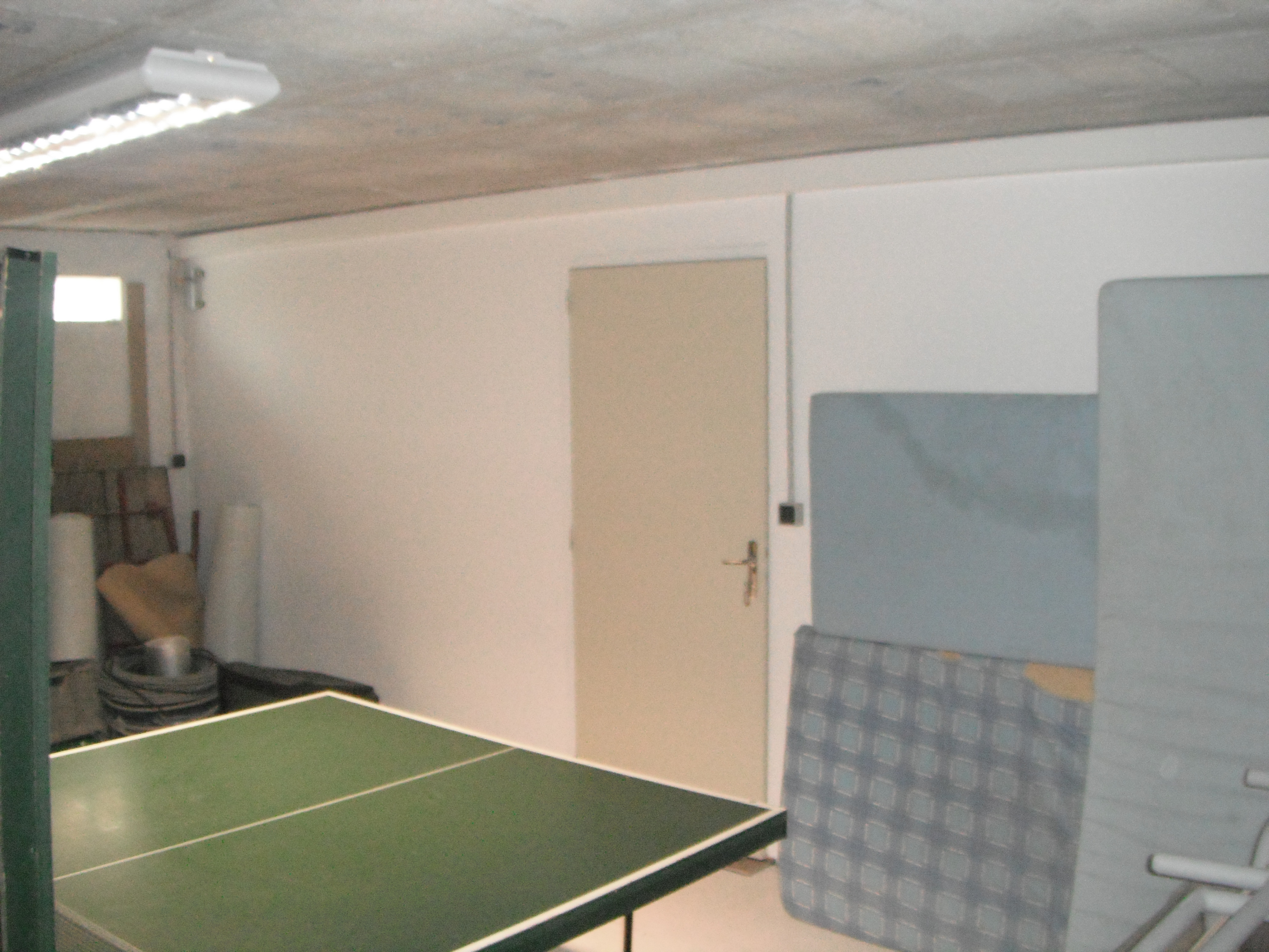 Sous sol garage atelier pavillonriochet for Hauteur garage sous sol